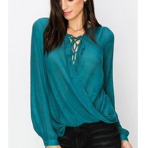 🏷️ SALE Teal Draped Surplice Tie Front Top